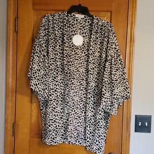 Umgee animal print kimono